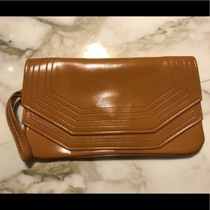 Handbags - Vintage Cognac Brown Patent leather Clutch